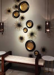 deko ideen wohnzimmer dekoideen wohnzimmer mit wand teelichthalter in schwarz und gold