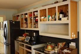 peinture d armoire de cuisine voici la preuve qu une couche de peinture sur des armoires de