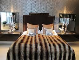 Glam Bedroom Decor Hollywood Glamour Bedroom Décor Being Tazim