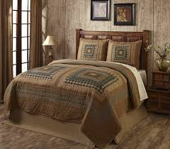 trendy log cabin bedding using square quilt patterns for brown