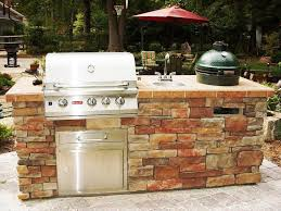 how to build outdoor kitchens