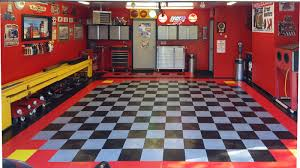 racedeck diamond red alloy black and yellow click here for more how to choose garage flooring tiles rolls epoxy more your definitive guide to choosing the best garage flooring at the best price