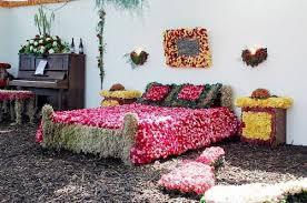 Beautiful Bridal Wedding Bedroom Decoration Ideas with Flowers