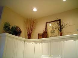 kitchen decorating ideas above cabinets kitchen decorating ideas above cabinets trends oak kitchen