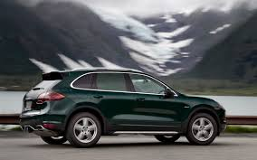 2013 porsche cayenne information and photos zombiedrive