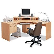 bureau ordinateur d angle un bureau informatique d angle quel bureau choisir pour votre en ce