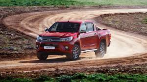 review the all new toyota hilux top gear