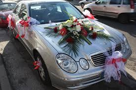 deco mariage voiture décoration florale de mariage le clos fleuri fleurs jardins
