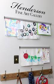 Ideas To Decorate Kids Room by Best 25 Display Kids Artwork Ideas On Pinterest Artwork Display