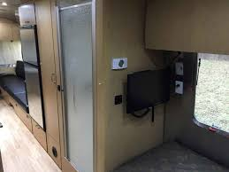 2015 used airstream flying cloud 25fb travel trailer in texas tx