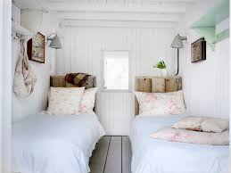 rustic coastal design bedroom shabby chic style with single beds
