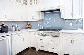 white shaker cabinets for kitchen white shaker kitchen cabinets international