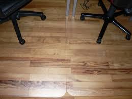 tapis de sol bureau tapis protège sol pour parquet maison image idée