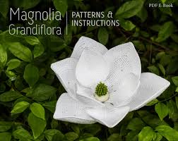 magnolia flowers crochet flower pattern crochet magnolia grandiflora