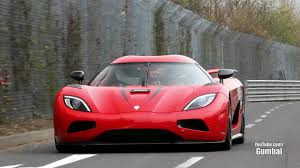 koenigsegg agera rx koenigsegg agera r 402km h epic fly by on the nurburgring youtube