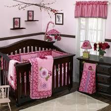 chambre bébé fille originale chambre enfant chambre bébé fille idée originale lit bebe bois