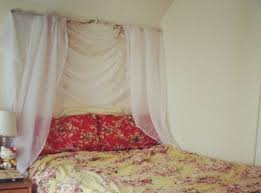 Diy Canopy Bed Branch 13 Gorgeous Diy Canopy Beds Diy
