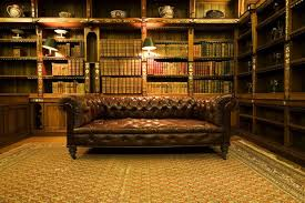 canap cuir capitonn design d intérieur bibliothèque de luxe ambiance tamisée canapé
