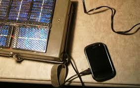 Diy Solar Phone Charger Bring Your Dead Phone Battery Back To Life With A Portable Solar