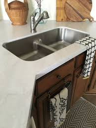 Diy Kitchen Countertop Ideas by Top 25 Best Solid Surface Countertops Ideas On Pinterest Corian