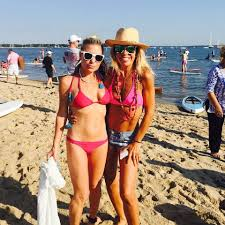 the hamptons paddle u0026 party for pink 2015 u2013 paddle race and sunset