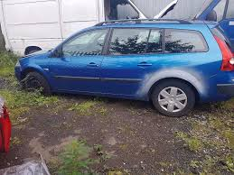 renault megane 2004 blue renault megane 2004 estate for breaking only in blue in wigan