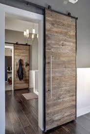 Una Casa Moderna Con Toques De Color Dark Stains Sliding Door - Sliding doors for bedrooms