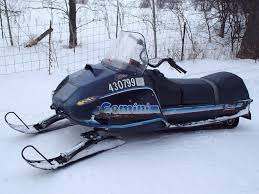polaris snowmobile how fast mid 70s mid 80s polaris 440