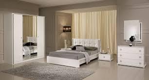 italienne dans chambre chambre a coucher complete italienne chambre a coucher blanche