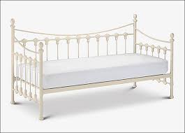 versailles daybed and trundle guest bed