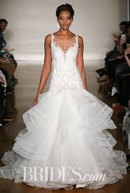 wedding dresses for brides fall 2017 wedding dress trends brides