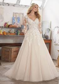 ivory wedding dresses best 25 ivory wedding dresses ideas on pretty wedding