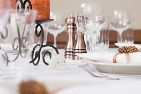 thanksgiving champagne thanksgiving tips for meal etiquette reader u0027s digest