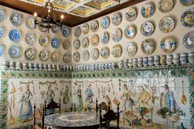 the art of spanish ceramics valencia spain where in the world family museum of historic designs and creamics at ceramica vallencia manises valencia spain