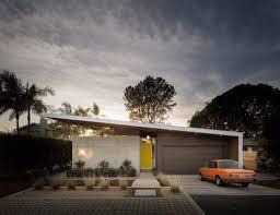 dwell a concrete desert hideaway an israeli architect u0027s