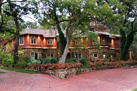 oklahoma city bed and breakfast bed and breakfast oklahoma wedding in plush treat hotels in