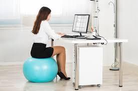 chaise ballon utilisation d un ballon au travail pour et contre ergokinox