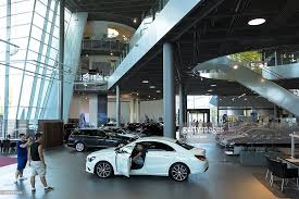 mercedes showroom germany mercedes showroom in stuttgart germany pictures getty images