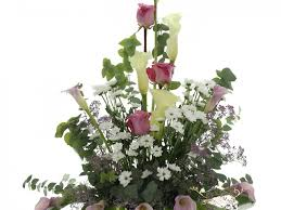 wedding flowers guide guide on wedding flowers by season