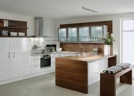 verre pour porte de cuisine meuble de cuisine 32 idées rusées pour plus de rangement