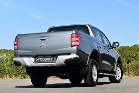 mitsubishi pickup trucks nauji mitsubishi l200 automobiliai autoplius lt