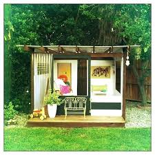 Backyard Playhouse Ideas How To Build A Backyard Playhouse Backyard Playhouse Plans