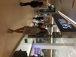 K Hen Outlet Collins Celebra Su Nueva Sede En Soho Mall Jessica Barboza