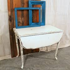 White Drop Leaf Table And Chairs White Chalk Paint Table Is A Nashville Flea Market Find