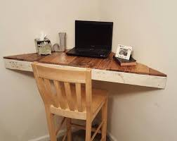 Floating Desk Plans Best 25 Corner Writing Desk Ideas On Pinterest Office Desk Chic