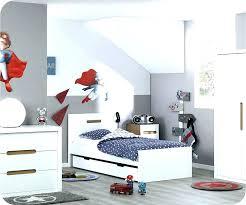 deco chambre voiture deco theme voiture lit pour petit garcon decoration chambre bebe