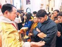 В Китае полным ходом идет катехизация взрослых