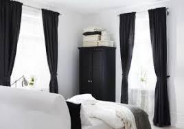gardinen im schlafzimmer permalink elegantes schlafzimmer mit hellem parkettboden gallery