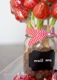 Homemade Valentines Day Gifts by Valentines Ideas For Him Diy Strawberry Roses With Dipping