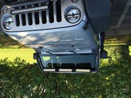 Jeep Wrangler Led Light Bar by Rugged Ridge Wrangler 13 5 In Led Light Bars W Windshield